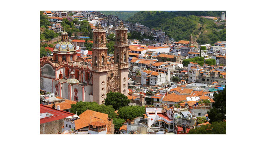 Aerial view of the city of Taxco