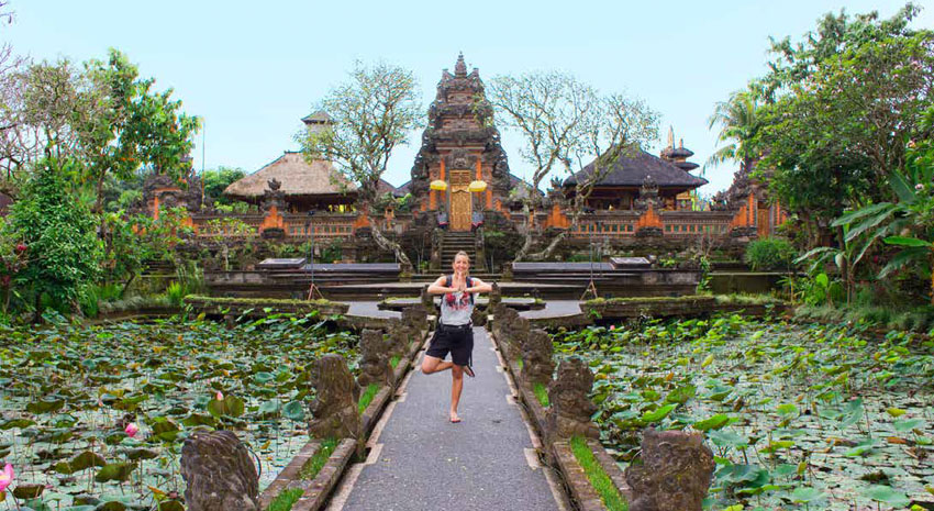 The Pura Taman Saraswati temple, gracefully built in the middle of a lotus pond in Ubud