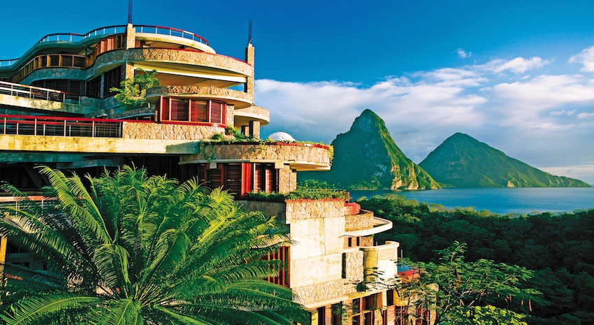 Jade Mountain Resort Offers Couple's Escapes In St  Lucia
