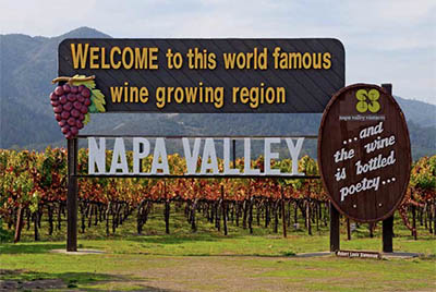 A sign welcomes visitors to Napa Valley