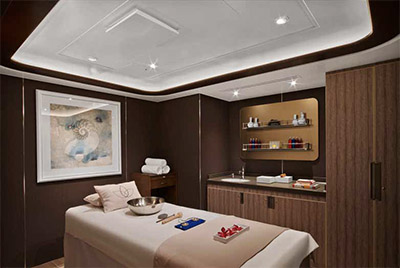 Spa treatment room © SEABOURN