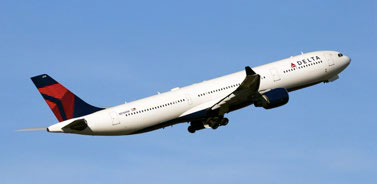 FAVORITE INTERNATIONAL AIRLINE: Delta Air Lines © VANDERWOLFIMAGES | DREAMSTIME.COM