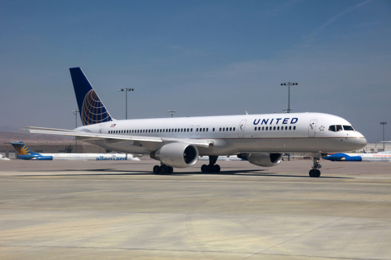 United Airlines Boeing 757-200